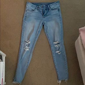 American Eagle skinny jeans w/ rips